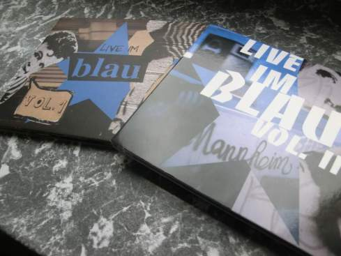 live im Blau